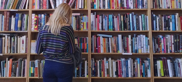 Barn är mjuka. Böcker är hårda.